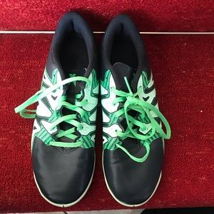 Adidas green sized 7 shoes
